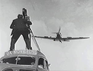 Fox Movietone cameraman_359055