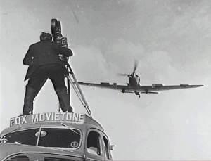 Fox Movietone cameraman_359055