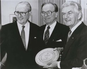 Ken G Hall, Rupert Murdoch and Prime Minister Bob Hawke launching Operation Newsreel (1989)494977