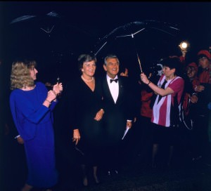 Prime Minister Bob Hawke and Hazel Hawke arrive at the NFSA_786314_0004